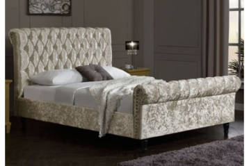 CHESTERFIELD CRUSHED VELVET BED IN CHAMPAGNE